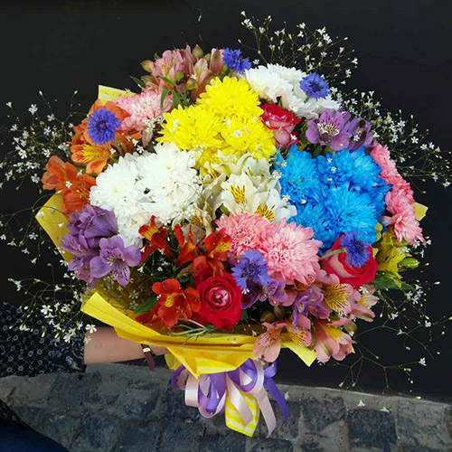 яркий микс букет на день рождения в Сумах фото