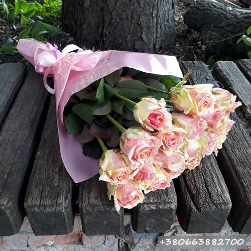 Букет розовых роз фото