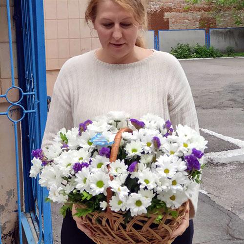 Фото товара Корзина Цветочная поляна