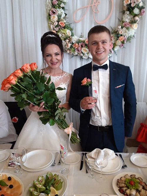 фото Букет розовых роз на свадьбу Сумы